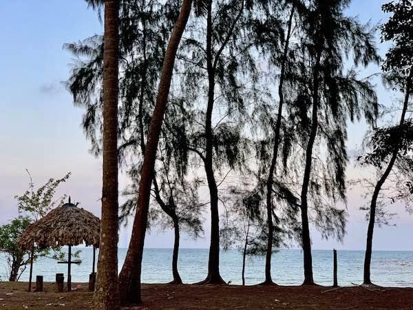 Honeymoon Escape with Chidiatapu