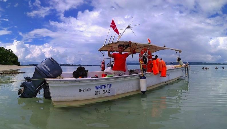 Boat Scuba Diving in Andaman For Beginner