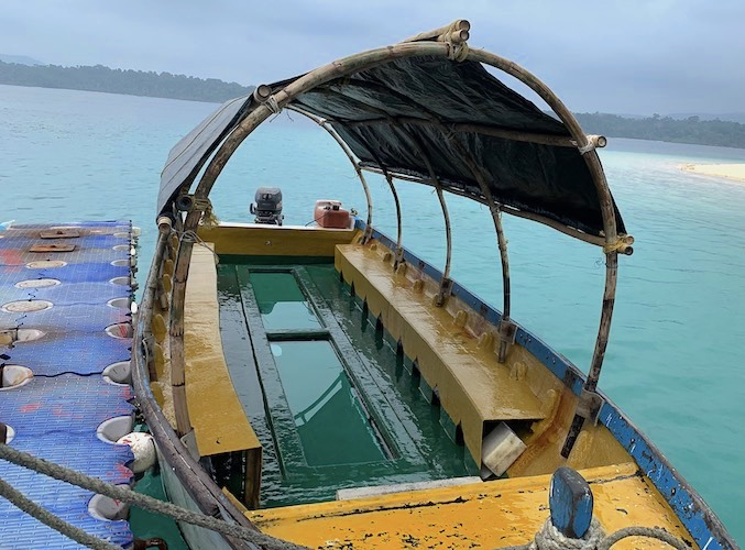Glass Bottom Boat Ride in North Bay